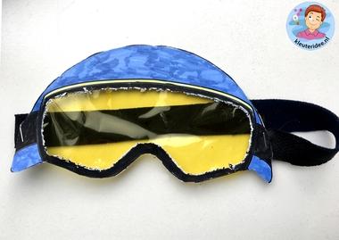 Skibril knutselen met kleuters 2, kindergarten mountains theme, kleuteridee