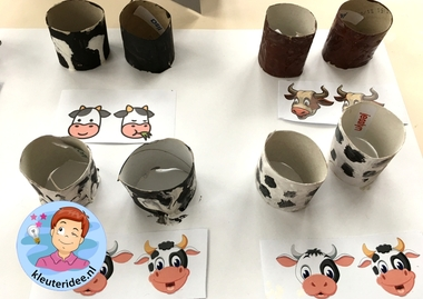 Stal met koeien knutselen, kleuteridee, Kindergarten stable with cows craft, with printable cows 7.