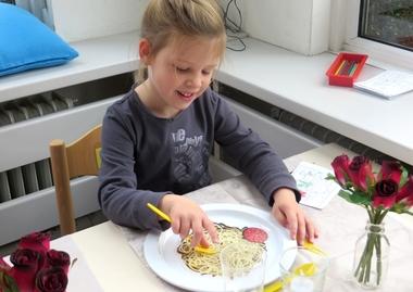 En dineren maar, thema restaurant, kleuteridee.nl