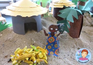 Afrikaanse markt knutselen met kleuters, kleuteridee, thema Afrika, kindergarten African market, Africa theme 4.