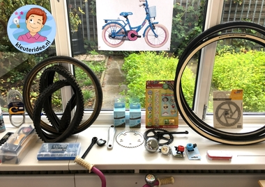 Speelhoek fietsenwinkel in de klas, kleuteridee 5