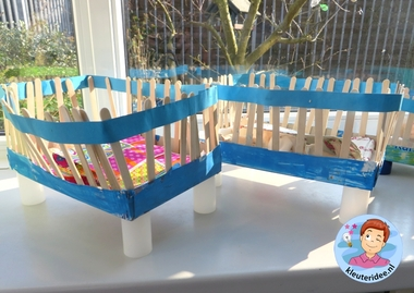 Ledikantjes knutselen 2, thema baby, kleuteridee.nl, Kindergarten baby bed craft