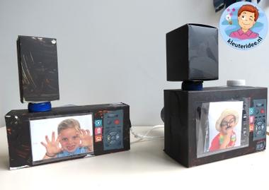Foto camera met schermpje knutselen met kleuters, kleuteridee.nl, thema fotograaf, met gratis download