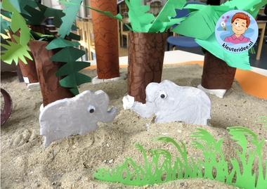 olifanten kleien met kleuters, kleuteridee, thema Afrika, kindergarten Africa theme 2.