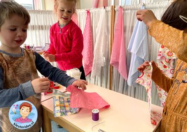 Naaihoek, kleermakerij, thema kleding, kleuteridee