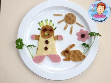 Een bord opmaken met kleuters 3, thema restaurant, kleuteridee