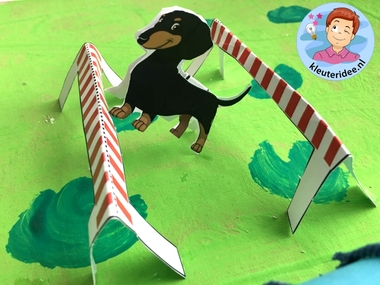 hondenschool knutselen, thema de hond, Kindergarten dog agility craft, kleuteridee.nl 7