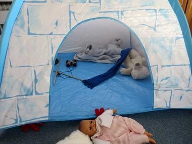 Noordpool hoek met iglo, North pole role play area, kleuteridee.nl