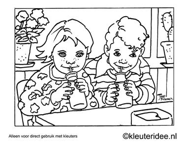 Kleurplaat melk drinken, kleuteridee , Preschool coloring, drinking milk.