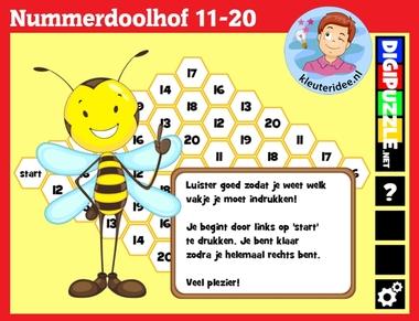 Nummerdoolhof met kleuters op digibord of computer op kleuteridee.nl, Kindergarten number game for IBW or computer