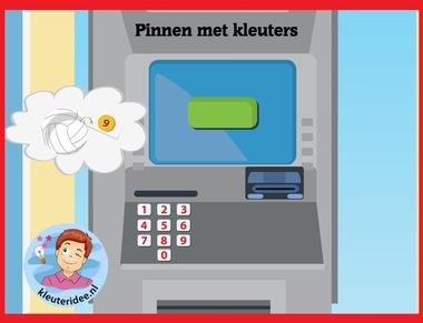 Pinnen met kleuters op digibord of computer op kleuteridee.nl