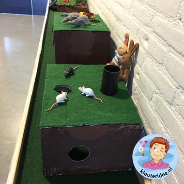 Themahoek, dieren onder de grond, kleuteridee, Kindergarten underground animals themed area 2