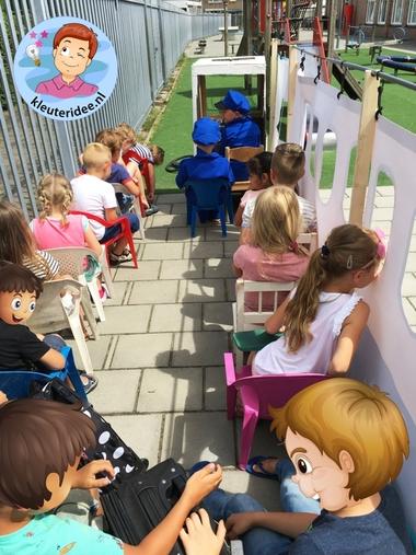 Groot vliegtuig voor kleuters, kleuteridee, rollenspel, Kindergarten airport role play 4