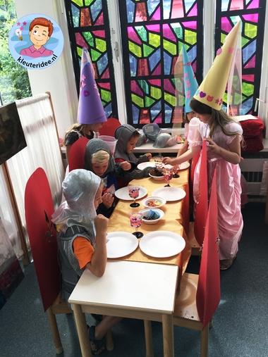 Hoed voor jonkvrouw, thema ridders en jonkvrouwen, kleuteridee, noblewomen hat, kindergarten knights theme 3a