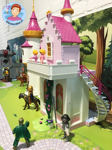 Speeltafel thema ridders en jonkvrouwen, kleuteridee 3