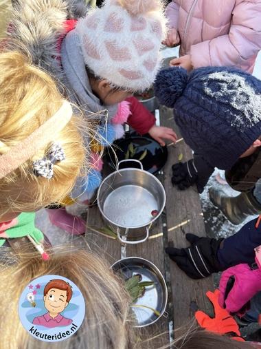 ijshangers maken met kleuters, thema winter kleuteridee