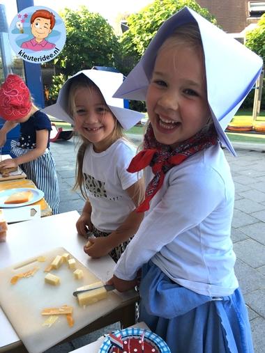 kaasmarkt Alkmaar, rollenspel met kleuters, thema Nederland, kleuteridee