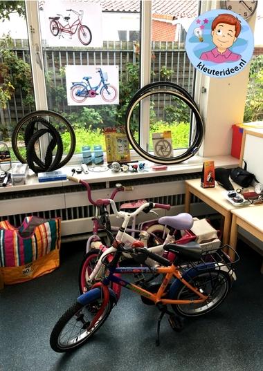 Speelhoek fietsenwinkel in de klas, kleuteridee 6