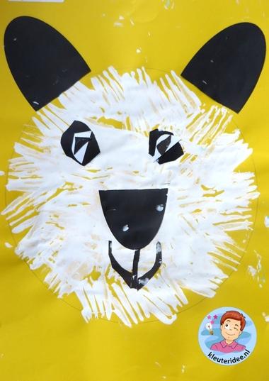 Panda maken met kleuters 3, thema China , kijk voor de beschrijving op kleuteridee.nl