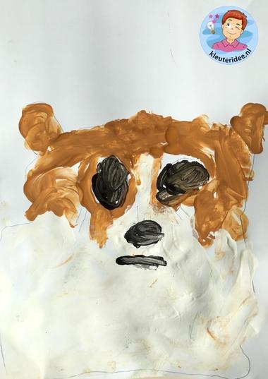 honden naschilderen met kleuters, thema de hond, Kindergarten dog craft, kleuteridee.nl 5