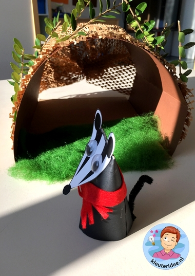 Dassenburcht, kleuteridee, met gratis download, badger craft kindergarten, free printable, thema dieren onder de grond 5