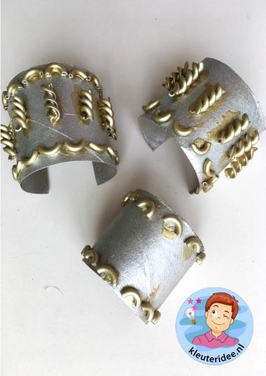 Armband voor de jonkvrouw knutselen, kleuteridee, noblewomen craft kindergarten 2