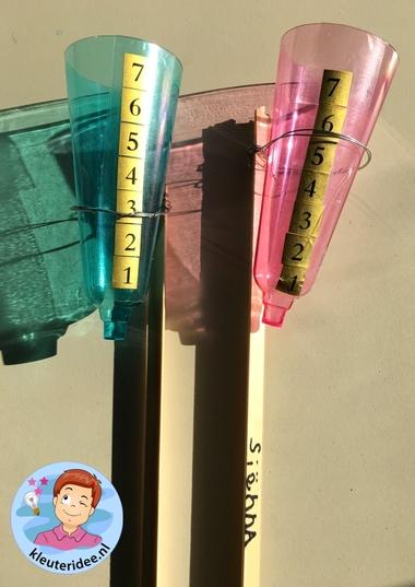 regenmeter maken met kleuters, thema water, kleuteridee 2