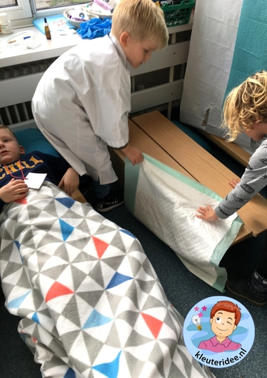 Ziekenhuis rollenspel ziekenhuis kleuters, kleuteridee