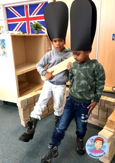 Hokje voor de guard in de bouwhoek, thema Engeland, Kleuteridee