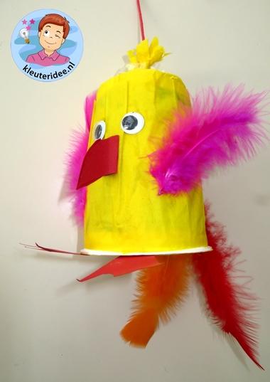 Papegaai knutselen , thema Afrika, Kindergarten Africa theme, ara craft, kleuteridee.