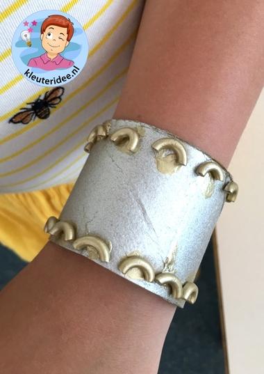 Armband voor de jonkvrouw knutselen, kleuteridee, noblewomen craft kindergarten