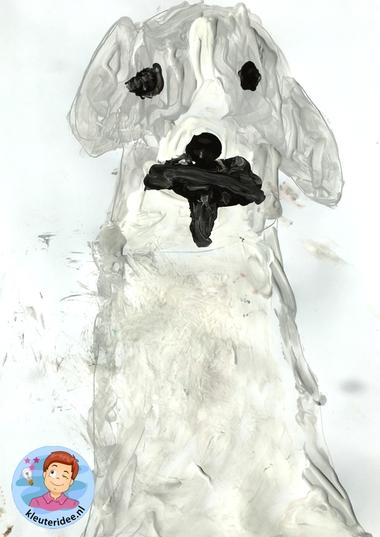 honden naschilderen met kleuters, thema de hond, Kindergarten dog craft, kleuteridee.nl 1