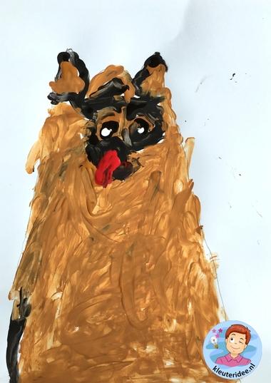 honden naschilderen met kleuters, thema de hond, Kindergarten dog craft, kleuteridee.nl 4