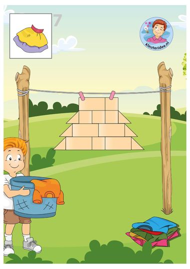 Voorbeeld bouwkaarten kleding, kleuteridee