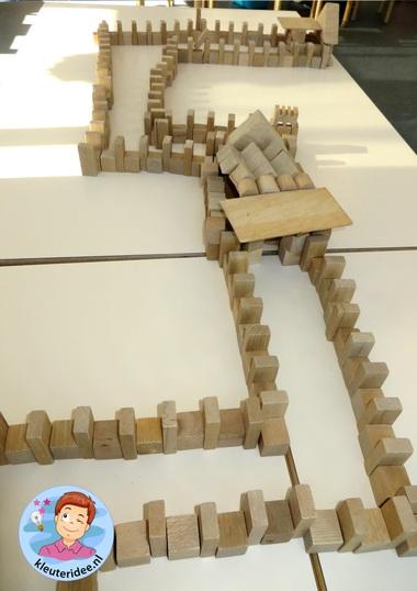Chinese muur bouwen met blokken