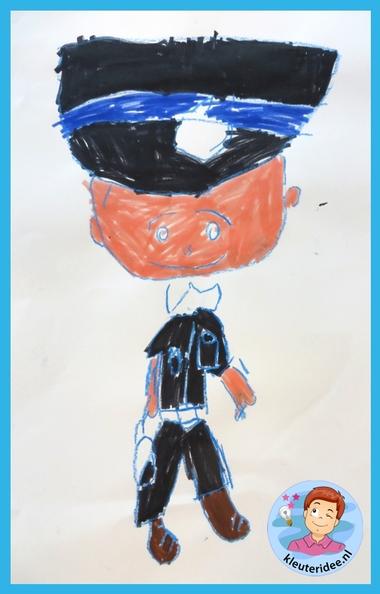 Politie tekenen, stap voor stap met kleuters, thema politie , kleuteridee.nl, met gratis download, Kindergarten drawing policeman, Police theme.