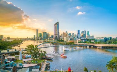 Story Bridge with Brisbane skyline