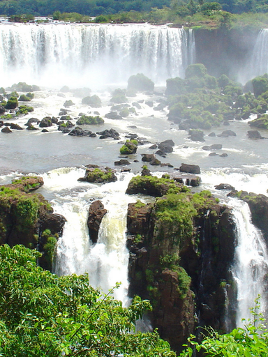The huge Iguazu Falls, situated between Argentina and Brazil