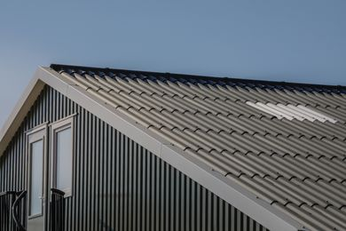 Neptunus corrugated panels, Blue-black, Dalfsen, Netherlands