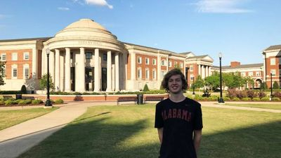 Young swimmer secures scholarship to top American university