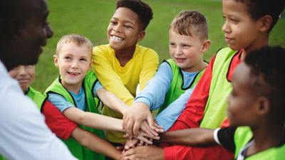 Why Signing Your Kid Up For Team Activities Is A Great Idea, According To New Study