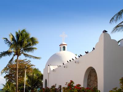 A white church in Playa del Carmen