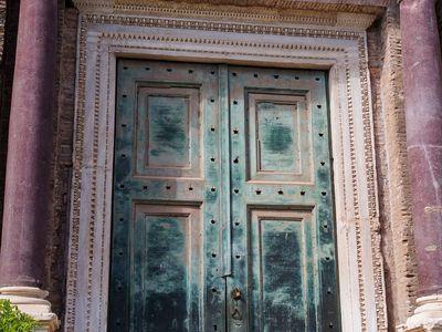 An old doorway in Rome