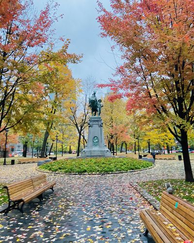 A monument to the heroes of the Boer War in Montreal, Canada