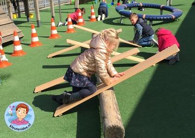hondenschool, rollenspel met kleuters, thema de hond, Kindergarten dog agility roleplay, kleuteridee.nl 4