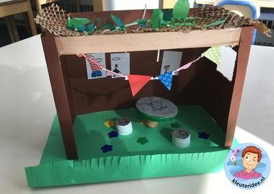 Loofhut knutselen met kinderen, Kindergarten sukkah craft, kleuteridee