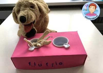 Hondenbak met botjes knutselen, thema de hond, kindergarten dog theme, kleuteridee