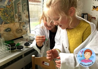 laboratorium van dieren onder de grond, kleuteridee.nl, Kindergarten laboratory for animals under the ground