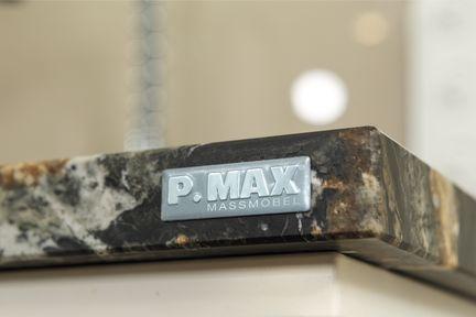 P.MAX Logo auf Möbel.