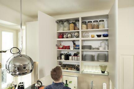 Stauraum in der Wohnküche.